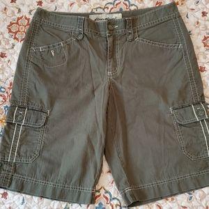 Eddie Bauer olive cargo shorts, size 12